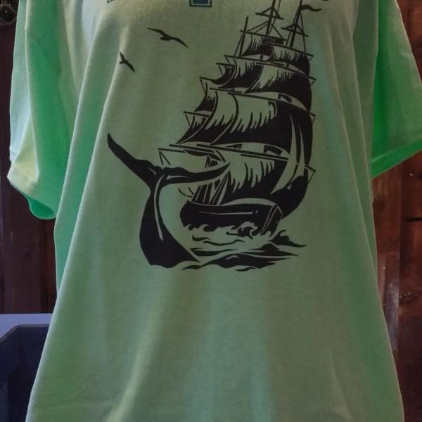 Pequod t-shirt green front a